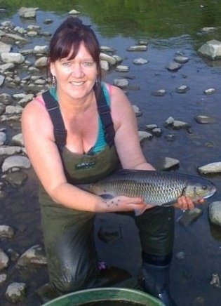 Winter Barbel Fishing with Wendy Perry (3/3)